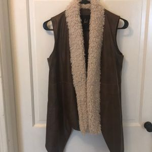 jack faux leather and shearling open vest size M